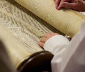 How Jesus summarizes the entire law of God into one simple command